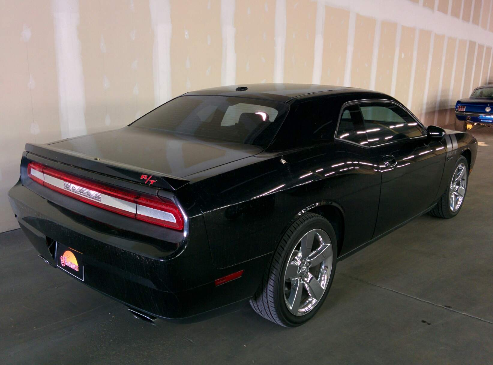 dodge challenger rt v8 5 7l 385ch sun motors. Black Bedroom Furniture Sets. Home Design Ideas